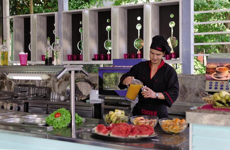 COOEE Mimosa Sunshine Hotel Restaurant