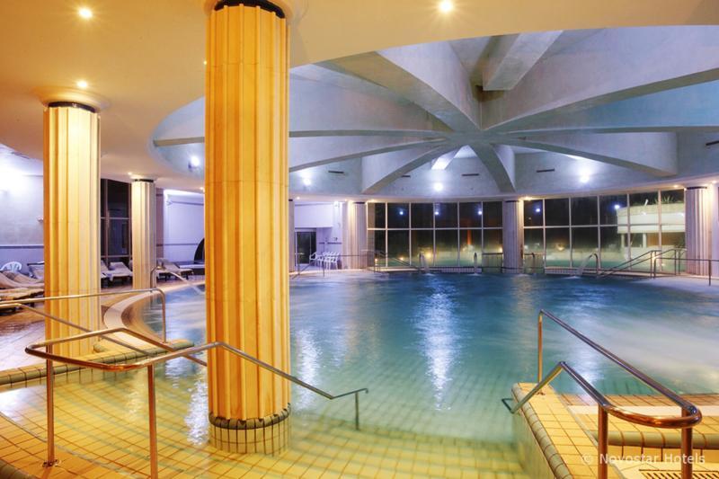 Nahrawess Hotel & Spa Resort Hallenbad