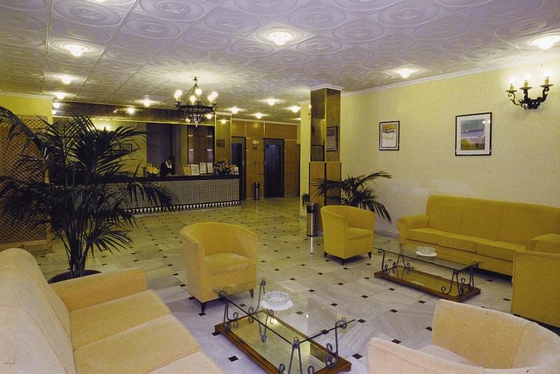 Kristal Lounge/Empfang