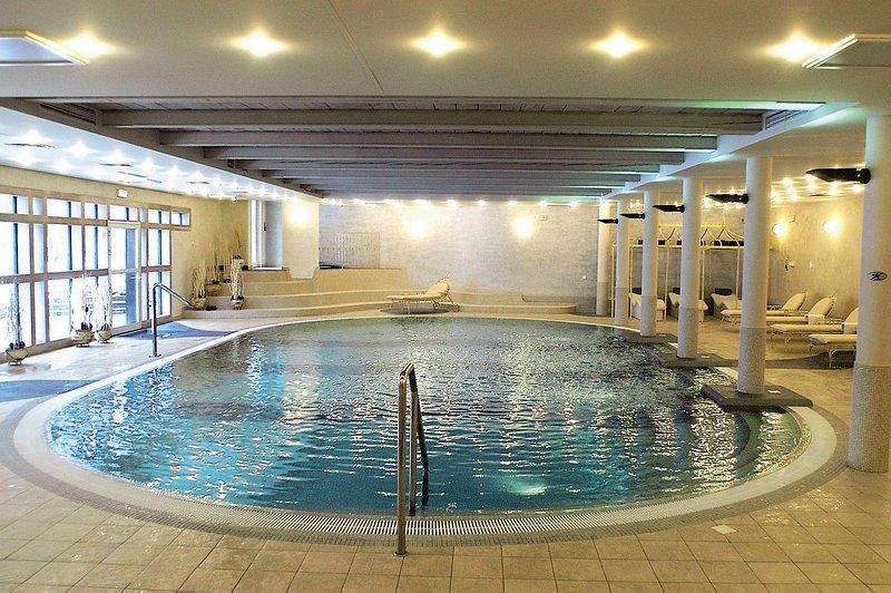 IBB Dwor Oliwski City Hotel & Spa Hallenbad