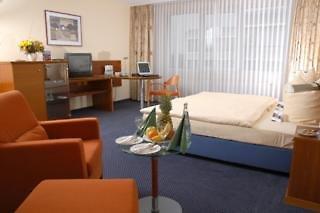 Michel Hotel Frankfurt Airport  Wohnbeispiel
