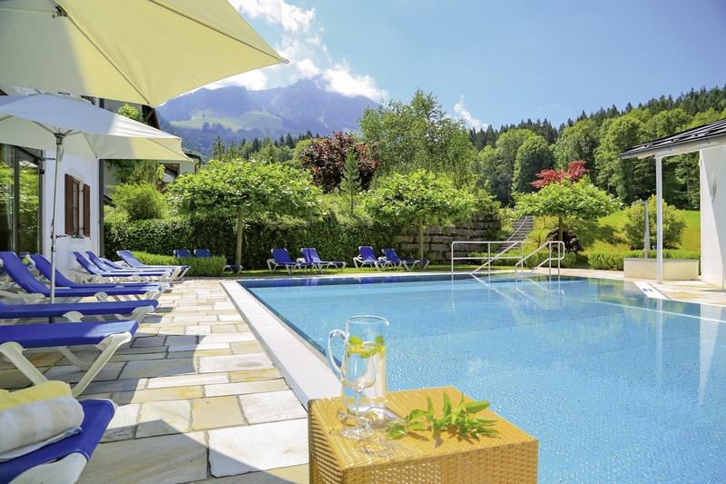 Alm & Wellnesshotel Alpenhof Pool