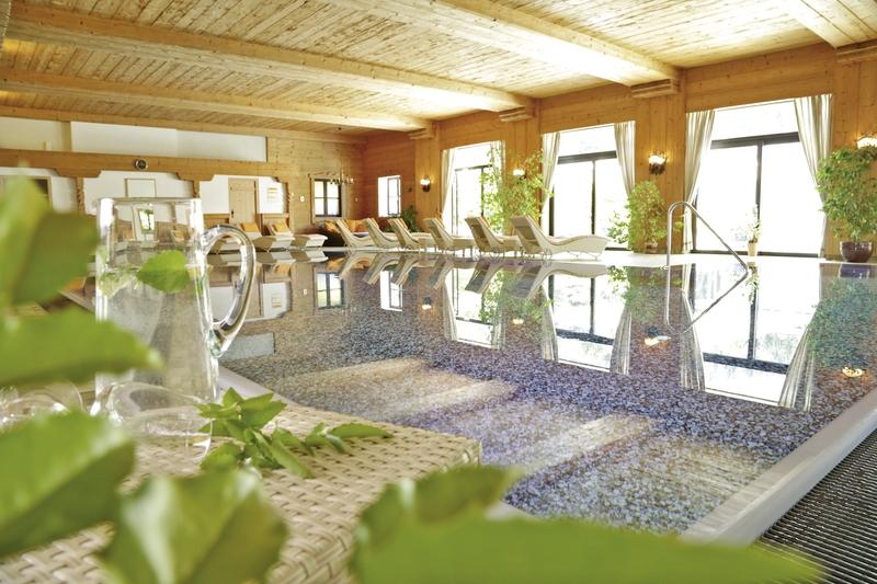 Alm & Wellnesshotel Alpenhof Lounge/Empfang