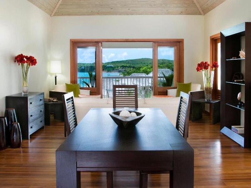 Nonsuch Bay Resort Lounge/Empfang