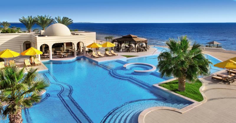The Oberoi Beach Resort Pool
